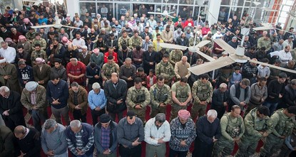 Turkish soldiers, Afrin residents perform first Friday prayers after liberation