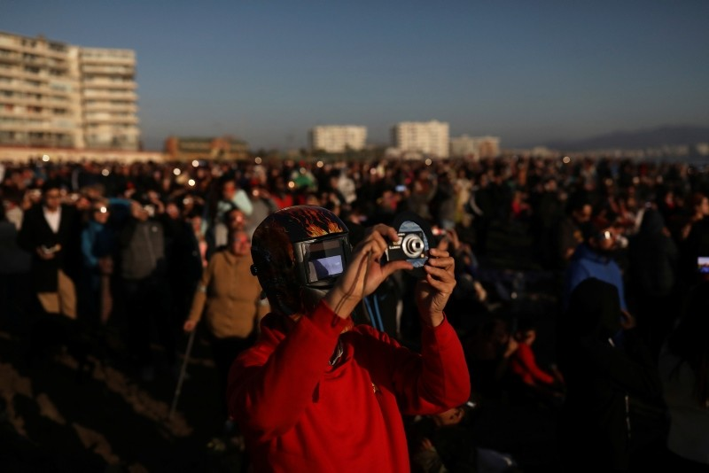 Rare total solar eclipse mesmerizes skywatchers in South America