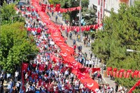 Thousands condemn PKK terrorism in eastern Turkey rallies, voice support for mothers' sit-in