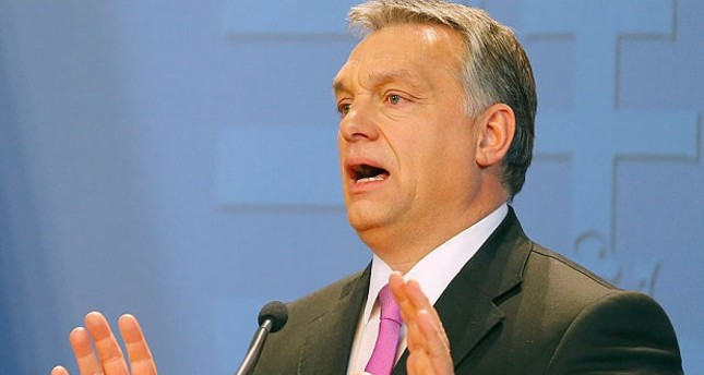 رئيس وزراء المجر يطالب بإخراج اللاجئين من أراضي الاتحاد الأوروبي