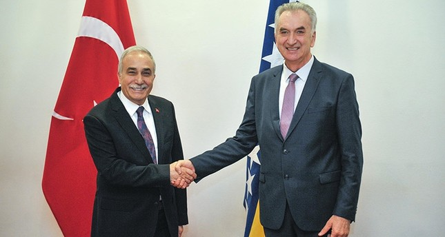 Turkey's Minister of Food, Agriculture and Livestock Ahmet Eşref Fakıbaba (L) and Bosnia and Herzegovina's Foreign Trade and Economic Relations Minister Mirko Sarovic at  Turkey-Bosnia and Herzegovina Agriculture Business Forum ( AA Photo)