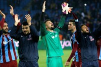 Trabzon rout Galatasaray to continue their winning run