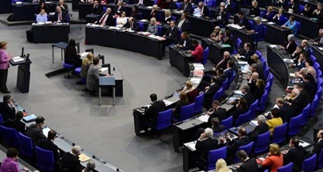 الاتحاد الأوروبي يمدد عقوباته ضد روسيا 6 أشهر