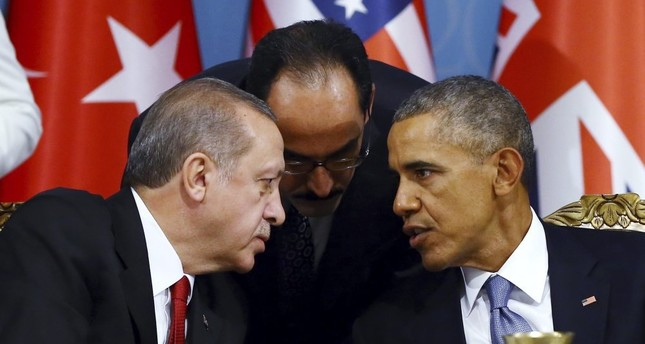 Erdoğan (L) talks with Obama (R) during a session of the G20 Summit in Antalya, Turkey, Nov. 15, 2015.