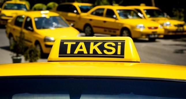 taxi-drivers-complain-uber-hurting-busin