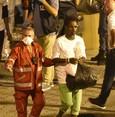 """Flüchtlinge verlassen Rettungsschiff """"Diciotti"""