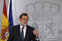 Spain threatens to end Catalan autonomy, demands clarification on independence bid
