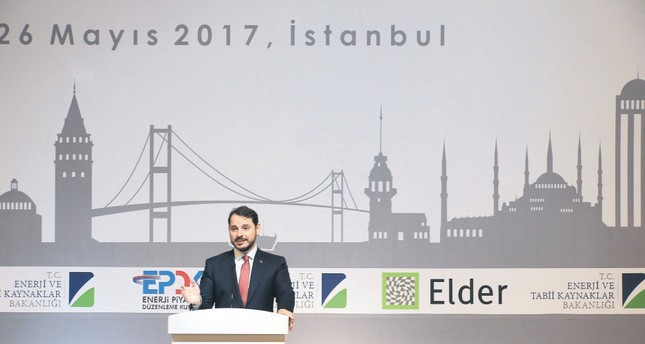 Energy Minister Berat Albayrak delivered a speech at the 10th Sectoral Meeting of Association of Electricty Distribution Services of Turkey and elaborated on Turkey's energy policy.