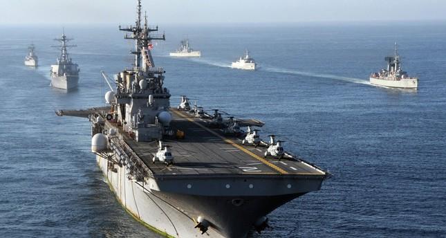 الصين تحث بوارج أمريكية على مغادرة مياه جزر تابعة لها وإلا