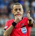 Cüneyt Çakır to referee Chelsea-Valencia CL match
