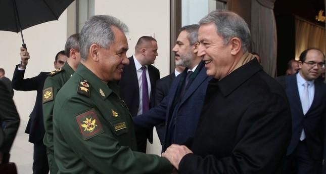Turkish, Russian defense ministers discuss Idlib in Sochi meeting