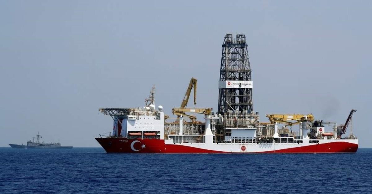 Turkish drilling vessel Yavuz is escorted by Turkish Navy frigate TCG Gemlik (F-492) in the eastern Mediterranean Sea off Cyprus, Aug. 6, 2019. (REUTERS Photo)