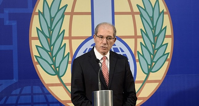 Organisation for the Prohibition of Chemical Weapons (OPCW) Director General Ahmet Üzümcü speaking during a news conference in The Hague October 9, 2013. (Reuters Photo)