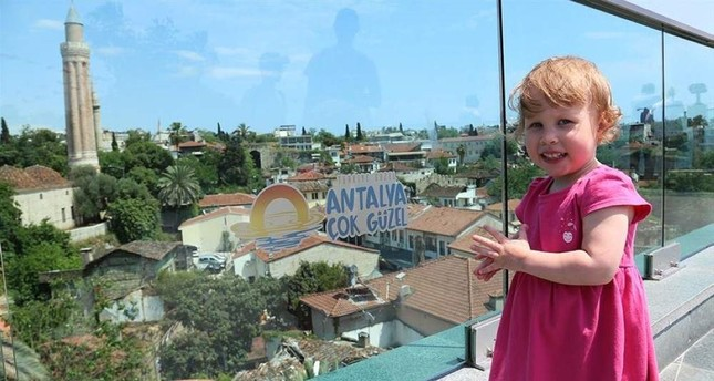 Antalya welcomes record number of Russian tourists