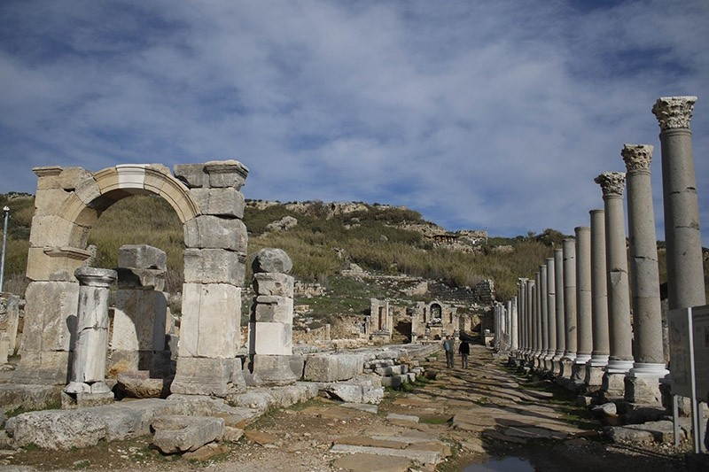 Over 70 pct of 5,000-year-old Perga city in southern Turkey still underground