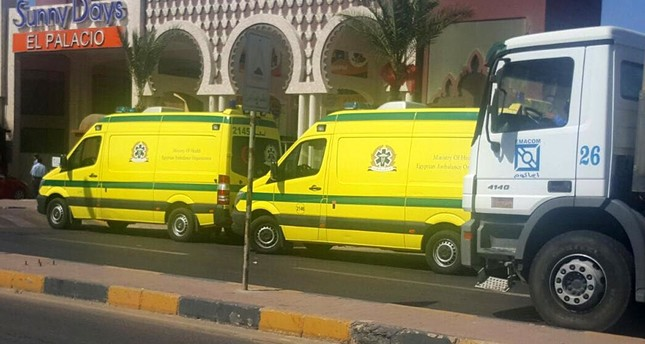 Ambulances wait front one of two beach resorts were a stabbing attack occured, in Hurghada, 450km southeast of Cairo, Egypt, 14 July 2017. (EPA Photo)