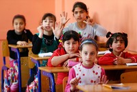Conditional education aid program by Turkey, EU, UNICEF aims to keep refugee kids in school