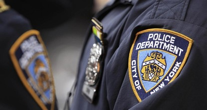pWeil sie zum Ablegen ihres muslimischen Kopftuchs gezwungen worden waren, entschädigt die Stadt New York drei Frauen mit jeweils 60.000 Dollar (49.000 Euro). Wie die Anwältin Tahanie Absoushi...