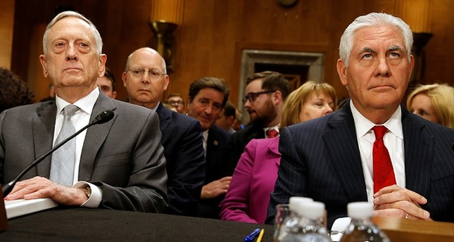U.S. Defense Secretary James Mattis and Secretary of State Rex Tillerson testify about authorizations for the use of military force before the Senate Foreign Relations Committee on Capitol Hill in Washington, U.S., Oct. 30, 2017. (Reuters Photo)