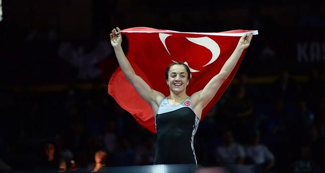 مصارعة تركية تتوّج بذهبية وزن 59 كغم ببطولة أوروبا