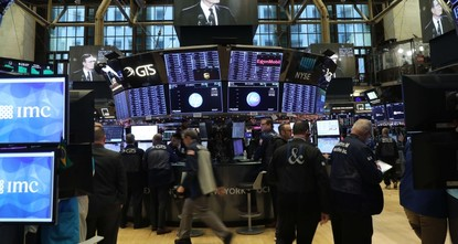 S&P 500 and Dow sinks 3 pct as US-China trade uncertainty fuels market plunge