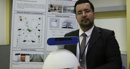 """pEin fünf köpfiges Studententeam aus der türkischen """"Bilkent Universität in Ankara hat einen Roboter entwickelt, der als Babysitter, Wächter oder sogar als persönliche Alarmglocke dienen..."""