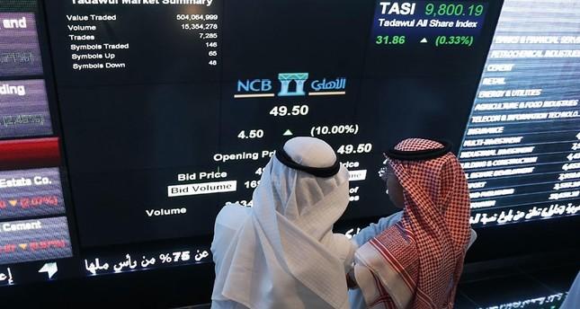 بورصة السعودية تهبط 6.5% متأثرة بأنباء اعتقال أمراء