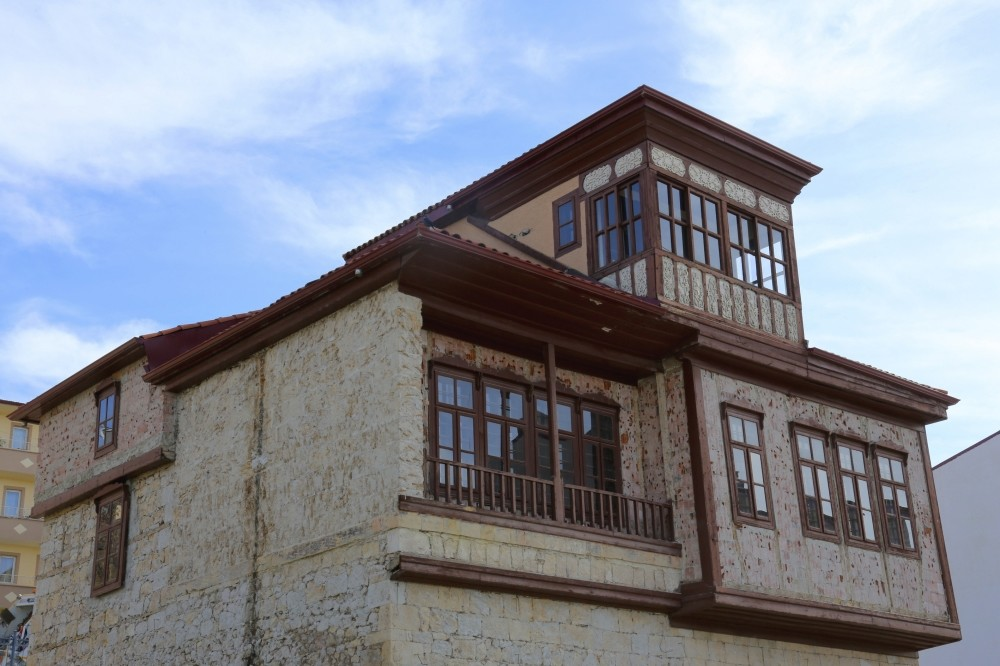 Houses reflect the traditional culture of Bayburt and have managed to survive up until today.