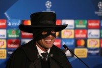 Shakhtar Donetsk coach keeps promise, dresses up as Zorro after win over Man City