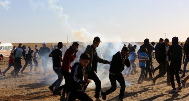 الجيش الإسرائيلي يواصل قصف غزة بعشرات الصواريخ