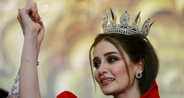 تجريد ملكة جمال العراق من اللقب بعد اكتشاف أنها متزوجة