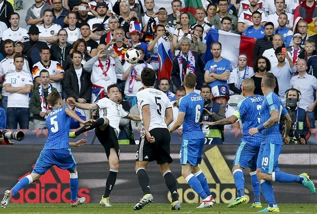 Germany wins 3-0 against Slovakia, advances into Euro quarter-finals