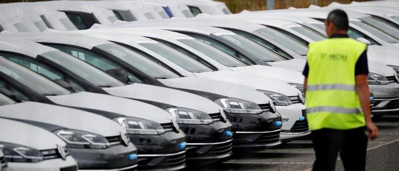 New Volkswagen cars are seen at the Berlin Brandenburg international airport Willy Brandt (BER) in Schoenefeld, Germany, August 14, 2018. (Reuters Photo)