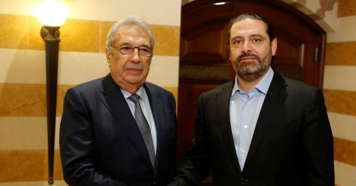 Samir Khatib, meets with Lebanon's catetaker Prime Minister Saad Hariri (R), Beirut, Dec. 8, 2019. (REUTERS Photo)