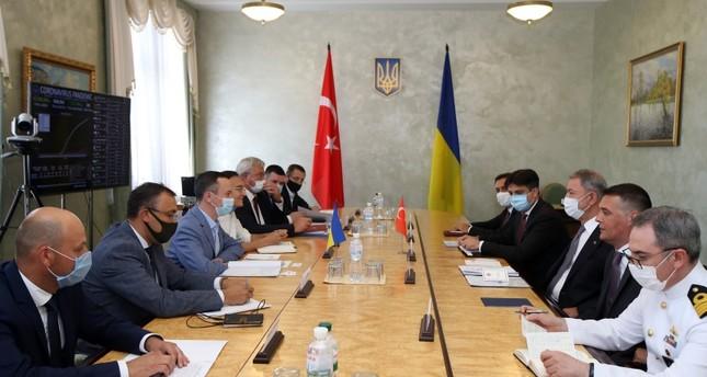 أوكرانيا تطلب الحصول على مزيد من المُسيرات التركية