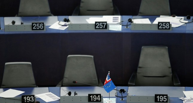 A flag with colors of the British Union Jack flag and the European Union flag is seen after a debate on Brexit at the European Parliament in Strasbourg, France, Sept. 18, 2019 Reuters Photo