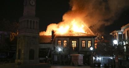 Fire guts historic buildings in Ankara's Hamamönü