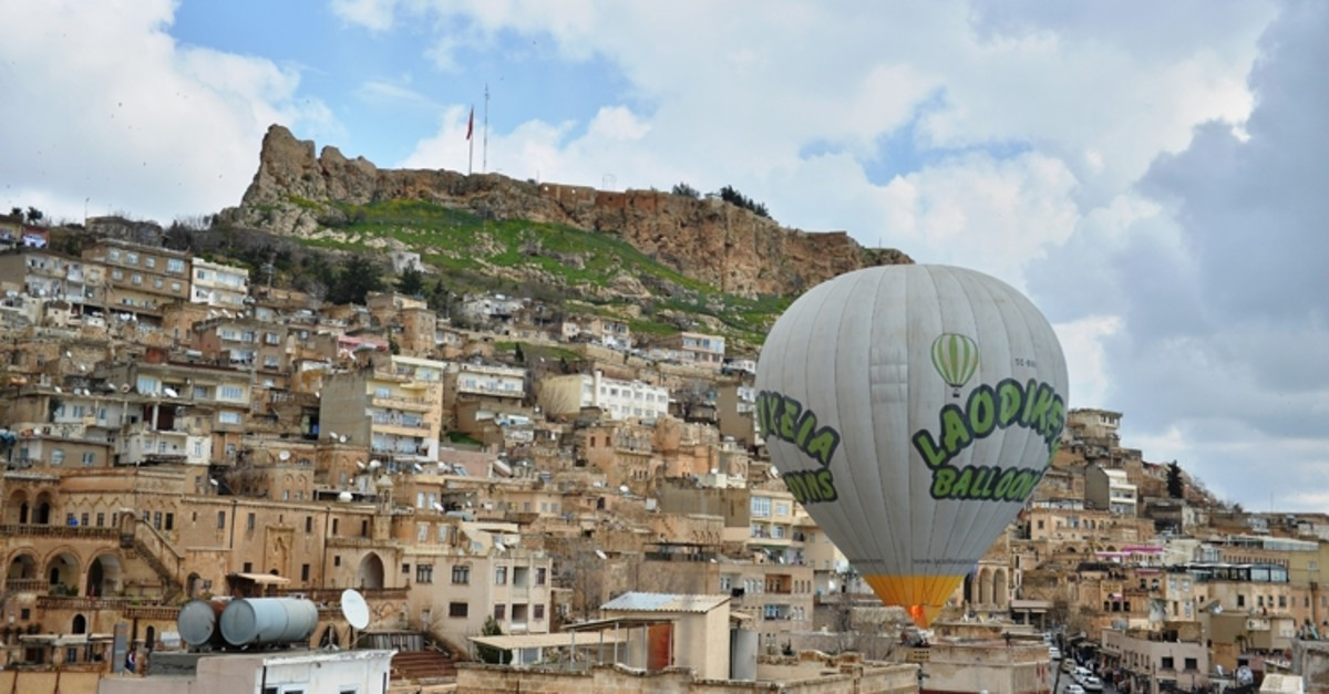 Tourists will soon enjoy discovering Mardin from a bird's-eye-view with hot air balloons.