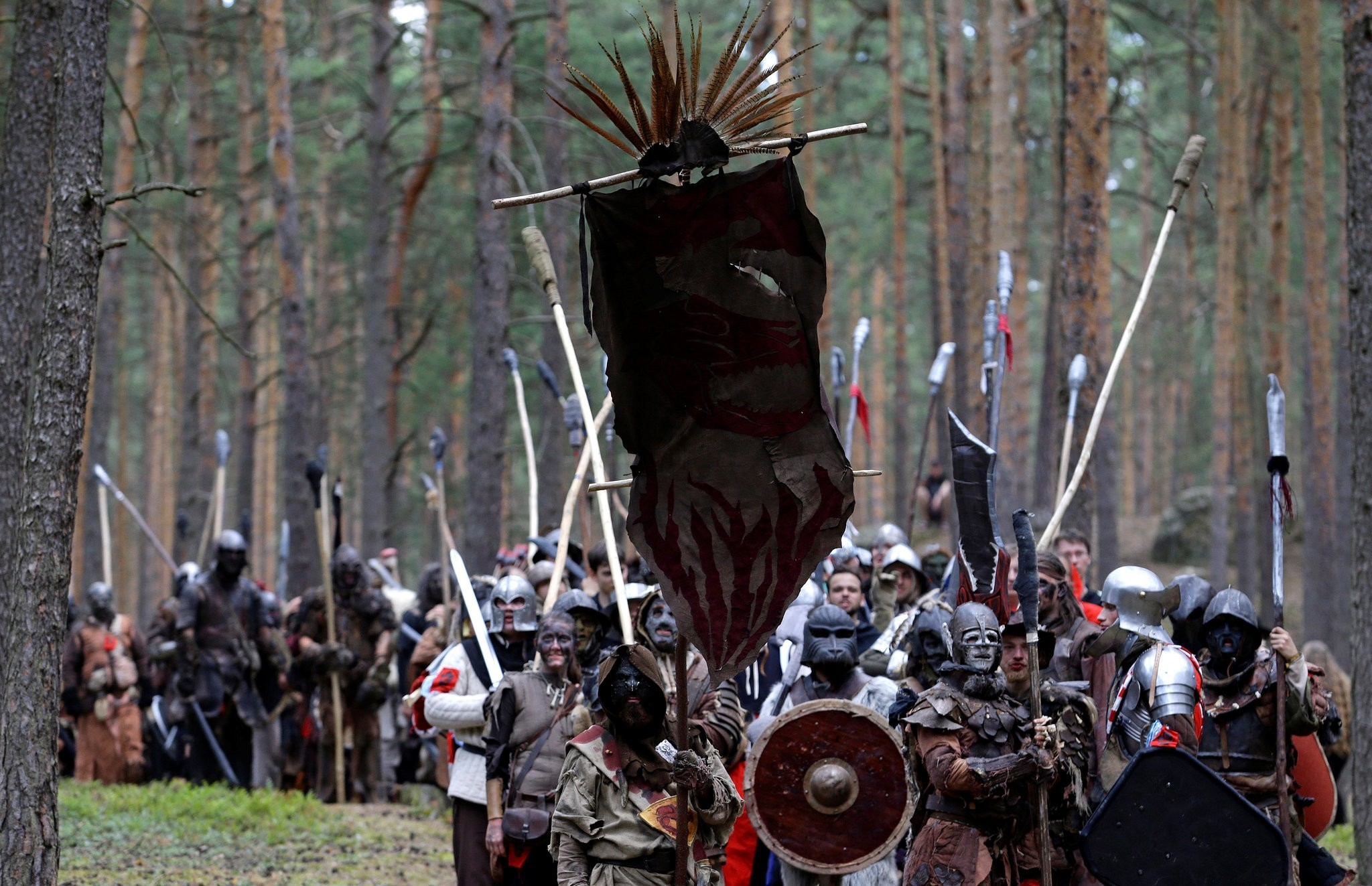 Fans of ,The Hobbit, re-enact the ,Battle of Five Armies, in a forest near the town of Doksy, Czech Republic, June 16, 2018. (REUTERS Photo)