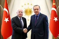 Senior Republican U.S. Senator John McCain was received by President Recep Tayyip Erdoğan on Monday in Ankara where the fight against Daesh was discussed as well as developments in the...