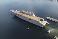 سفينة الهجوم البرمائية متعددة الأغراض TCG Anadolu كما بدت في حظيرة التصنيع (الأناضول)