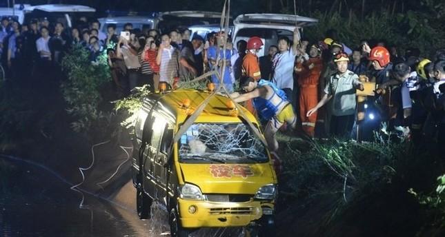مقتل ٢٦ شخصا في حريق حافلة بالصين