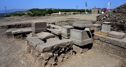 اكتشاف مقبرة عائلية عمرها 2300 عام في تركيا