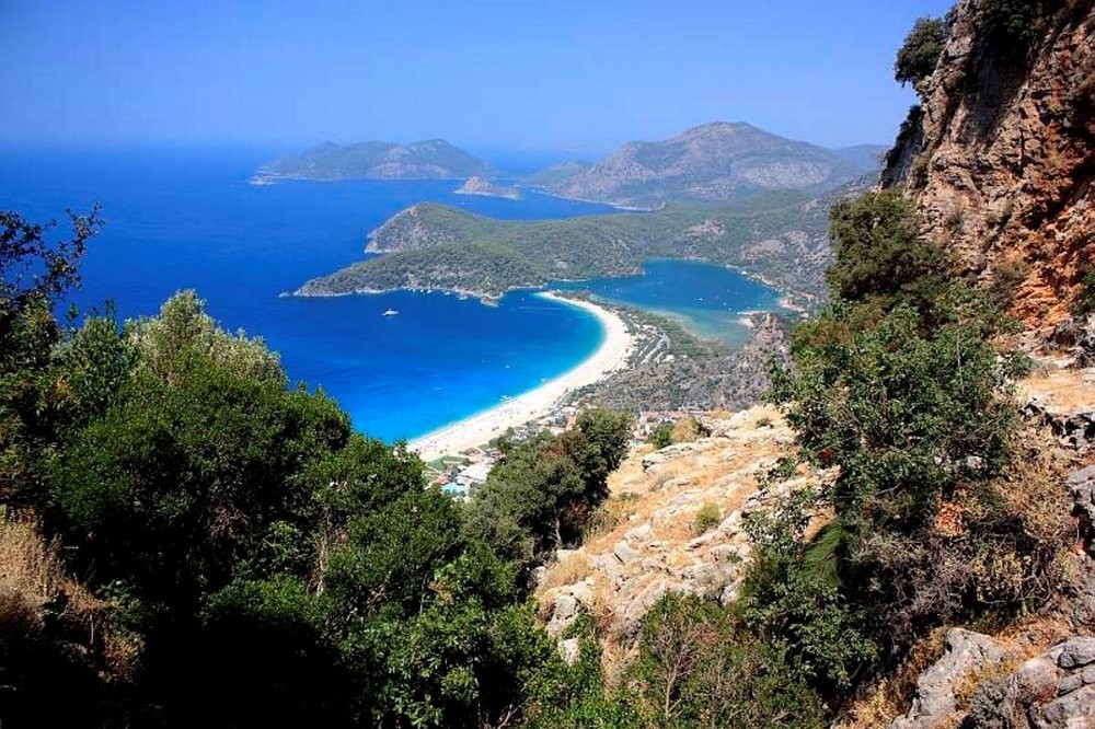 The 540 kilometer Lycian Way, which is accepted as one of the world's 10 best long distance walking routes, is a path from Fethiye in Muu011fla reaching all the way to Antalya.