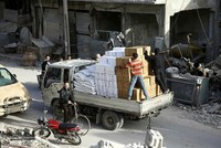 Desperately needed UN aid to eastern Ghouta suspended amid shelling