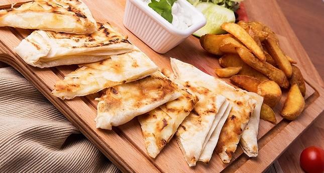 Gözleme: A culinary Turkish tradition, village-style