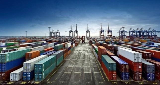 تراجع عجز ميزان تجارة تركيا 51.8 بالمئة في 11 شهراً