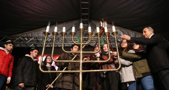 Jewish community members lit candles at a park in Istanbul's Nişantaşı neighborhood on Dec. 9 to mark the end of Hanukkah.