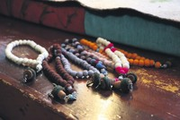 Felt prayer beads favorite of Şeb-i Arus this year