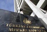 Turkey's Central Bank hikes interest rates to contain the fall in Turkish lira